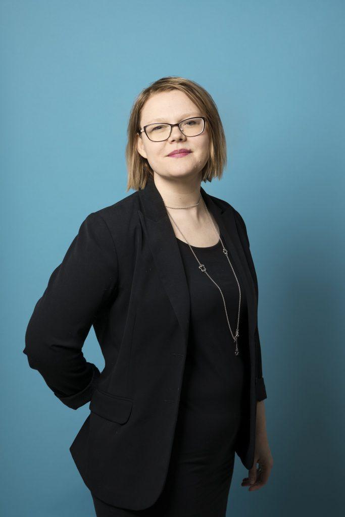 Unifin erityisasiantuntija Elina Ajalin.